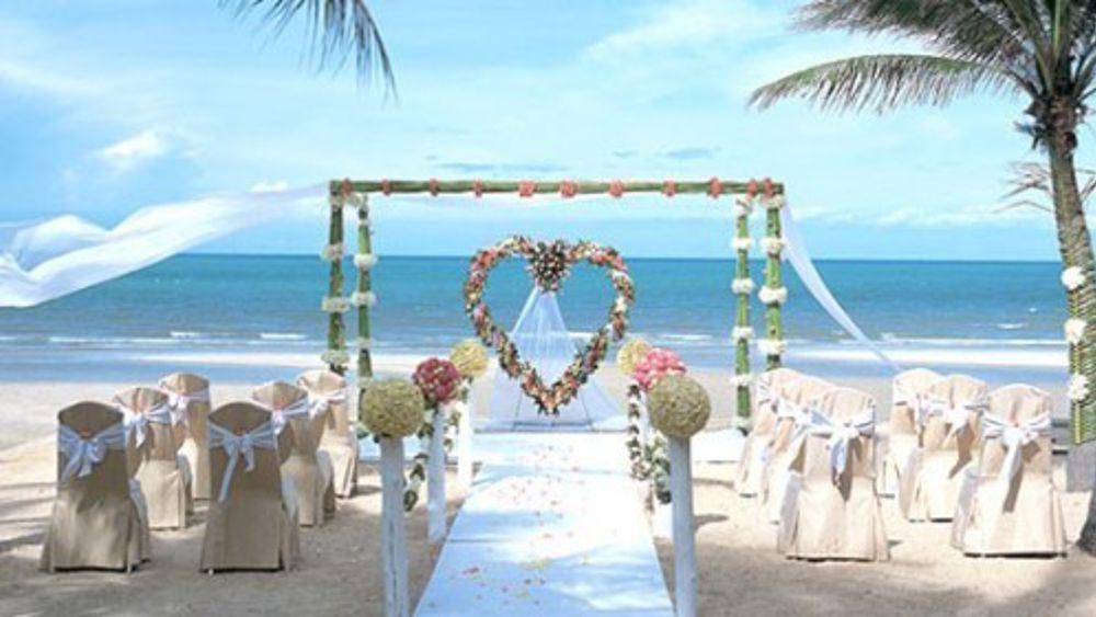 Matrimonio Spiaggia Bali : Pescara al via i matrimoni in spiaggia