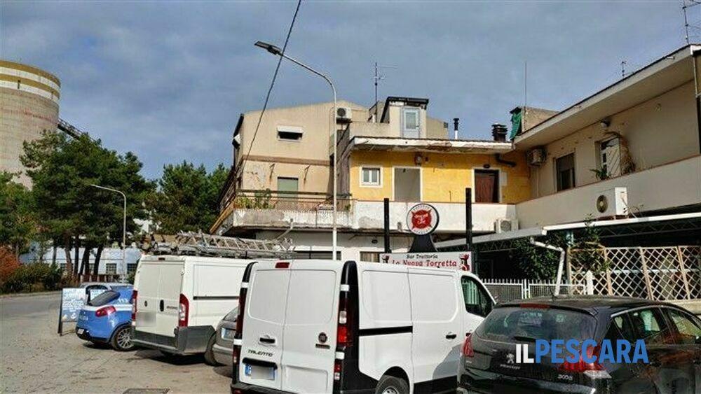 Rapinato un uomo in via Raiale a Pescara