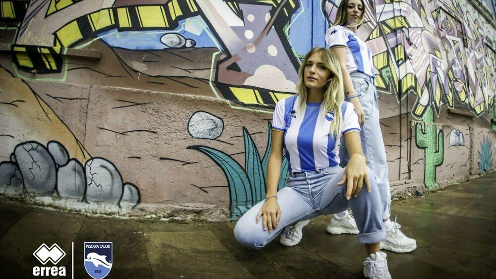Calcio, il Pescara presenta le nuove maglie Errea [FOTO]